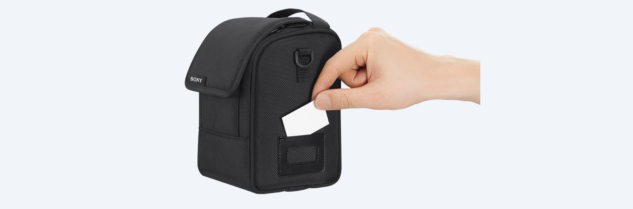 LCS-FEA1 Soft Carrying Case for Lenses in action