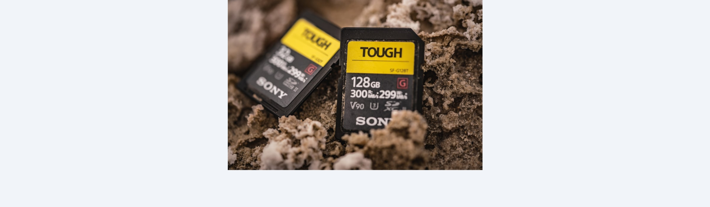 SF-G series TOUGH specification memory card in action